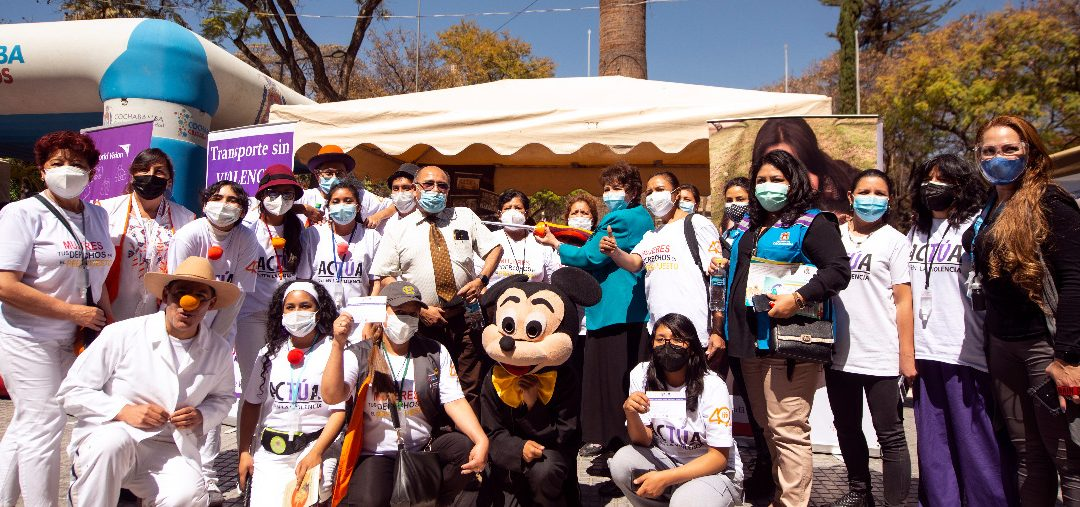 Jóvenes de Cochabamba se constituyen en agentes de transformación